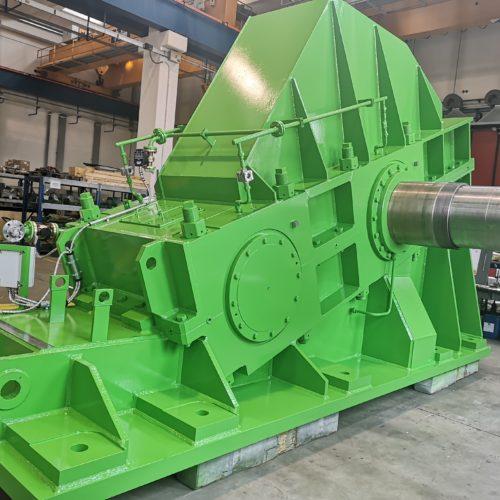 Konstruktion und Herstellung eines Walzwerkgetriebes  (Main Drive) für eine Warmwalzanlage
