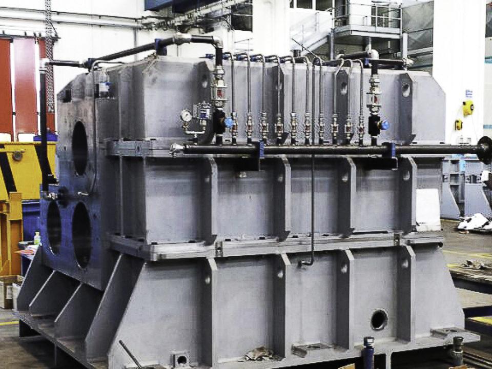 Lavorazioni meccaniche cassa riduttore sdoppiatore twin-drive