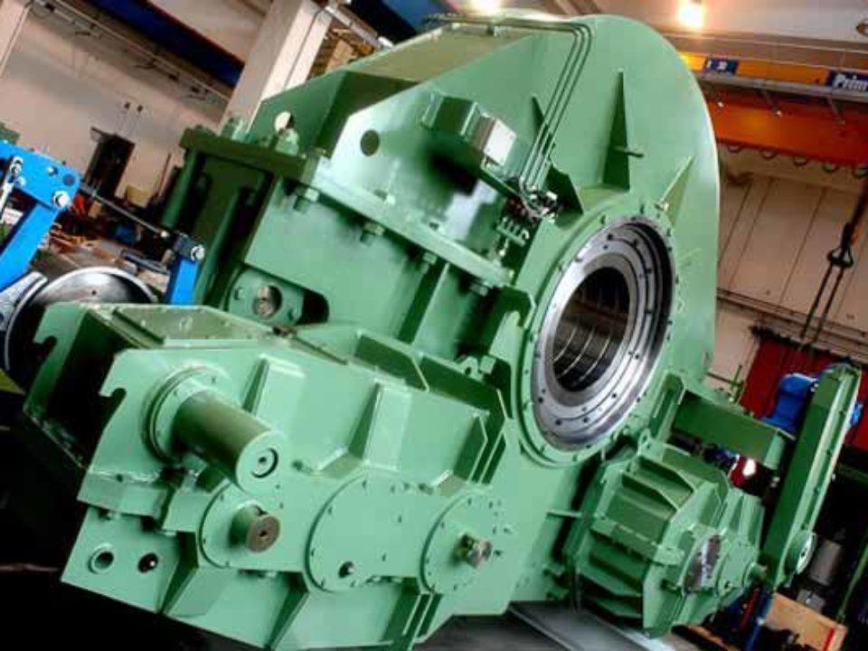 Unità di comando convertitore basculante da 170 tonnellate a do