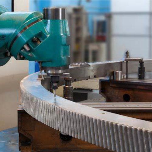 Corona dentata per applicazioni su macchine utensili.