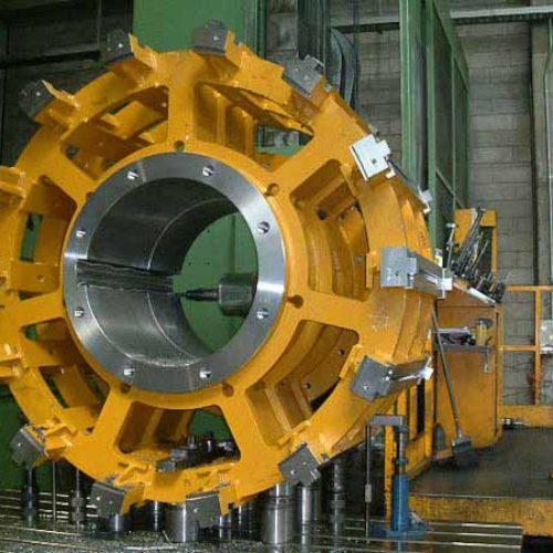 Lavorazioni meccaniche componenti per impianti motori elettrici e alternatori.