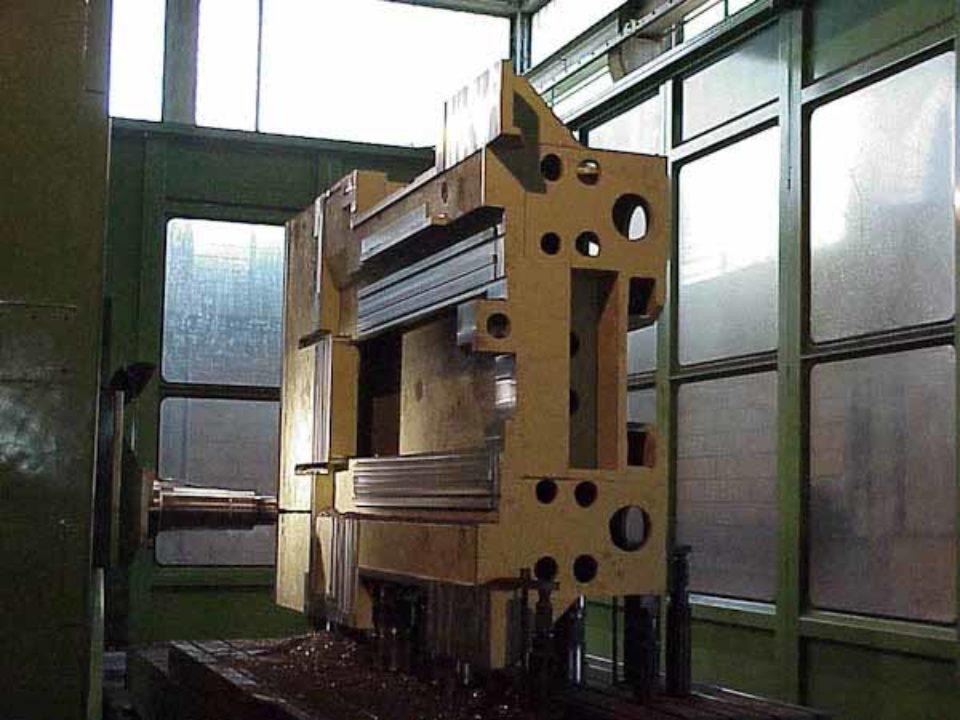 Lavorazione meccanica basamento per centro di lavoro