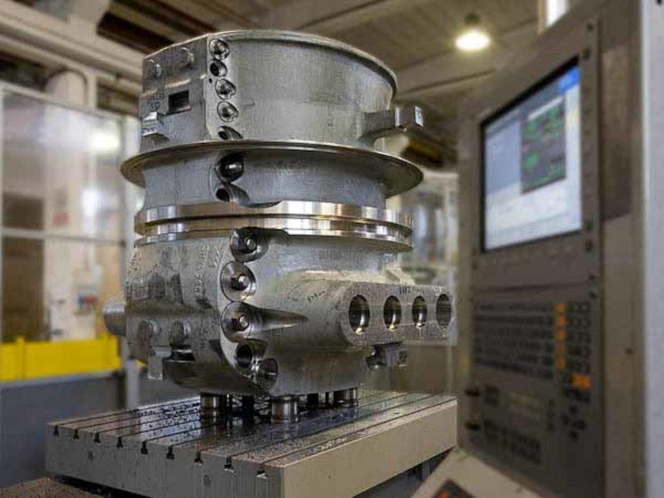 Lavorazione meccanica di alesatura, foratura e fresatura di cassa turbina