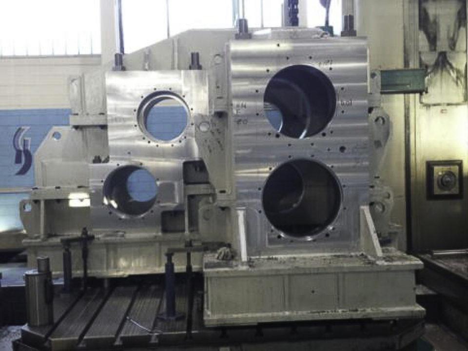 Lavorazioni meccaniche casse riduttori sdoppiatori