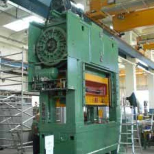 Revamping di pressa Minster 300T.