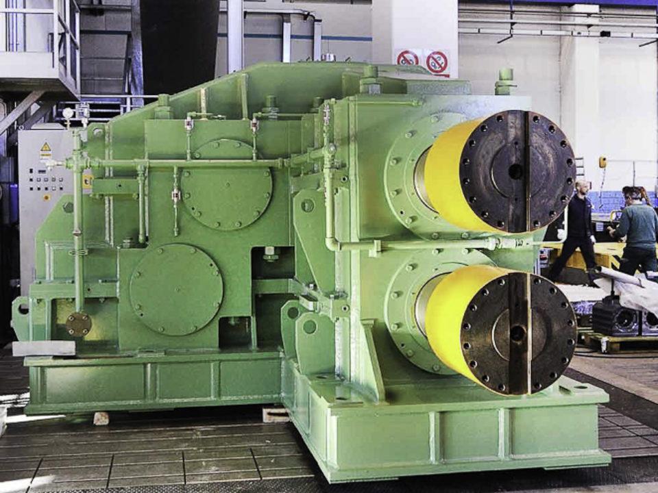 Riduttore sdoppiatore per impianto di laminazione a caldo