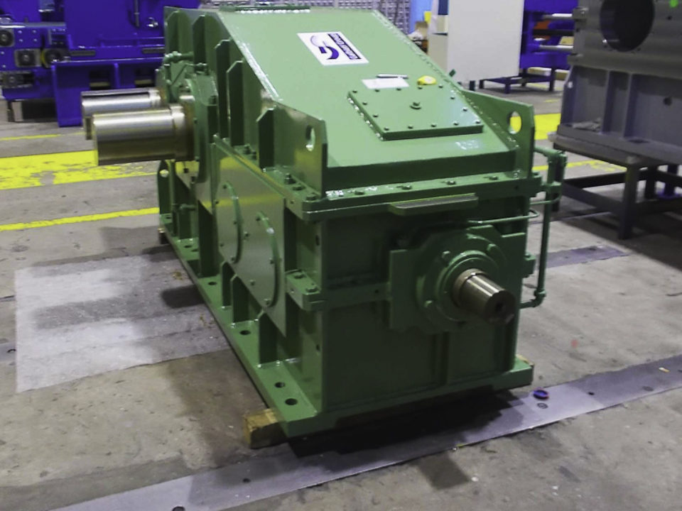 Trattasi di due riduttori comando mescolatori a cilindri per pro