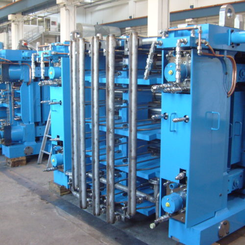 Segmenti per impianto di laminazione a colata continua