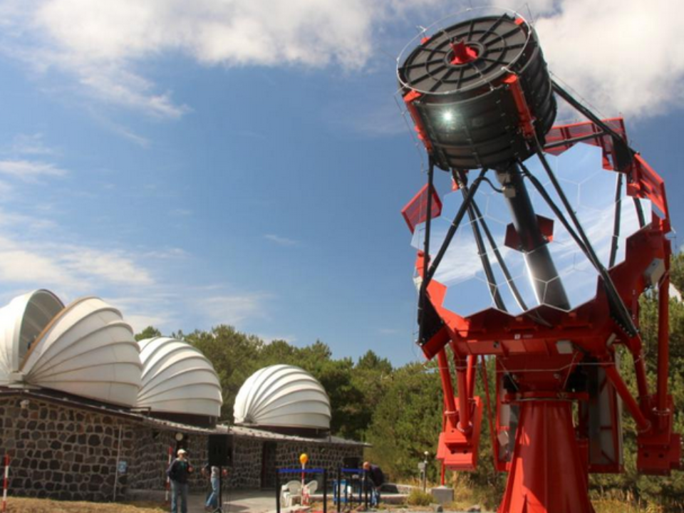 The 4-metre diameter ASTRI telescope