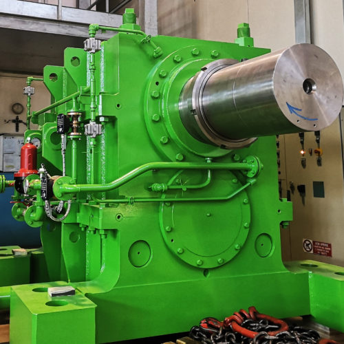 Costruzione di un riduttore sdoppiatore (Pinion stand drive) per impianto di laminazione a caldo